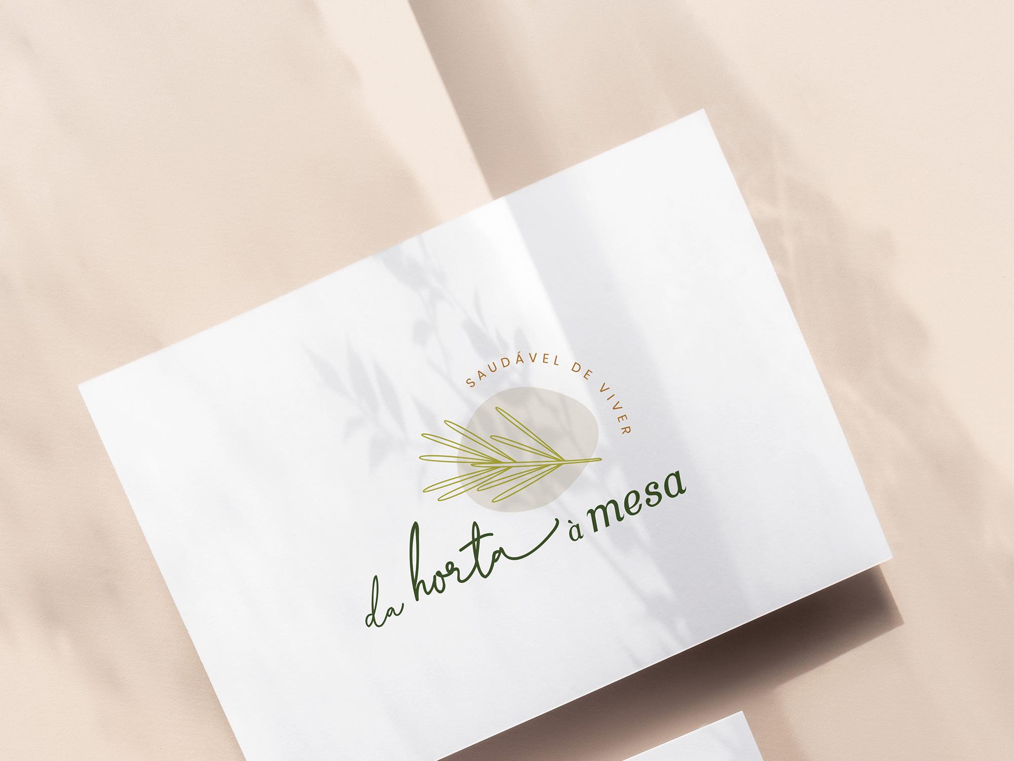 Identidade Visual exclusiva para Da Horta à Mesa - Design by Adrielly Sato